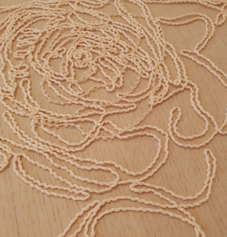 Light peach color big floral pattern thick thread embroidery on tulle fabric. Photo 3