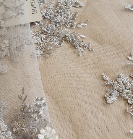 Grey 3D beaded lace fabric. Photo 5