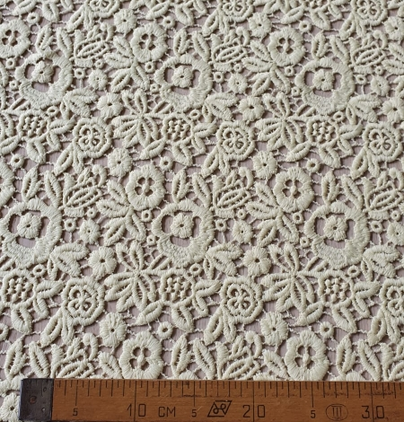 Yellow macrame lace fabric. Photo 7