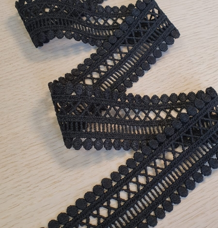 Black guipure lace trimming. Photo 1