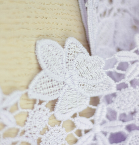 Light lilac floral pattern macrame lace trimming . Photo 4