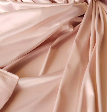 Powder pink satin fabric. Photo 3