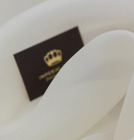 Ivory silk satin organza fabric . Photo 7