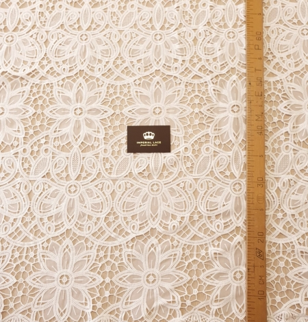 Off white macrame floral pattern with fabric details lace fabric. Photo 7