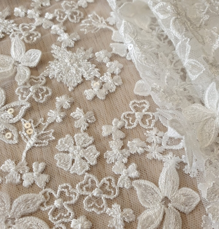 Ivory floral growing embroidery on tulle lace fabric. Photo 4