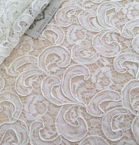 Ivory bridal lace fabric. Photo 4