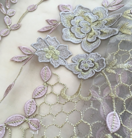 Nude embroidery tulle. Photo 5