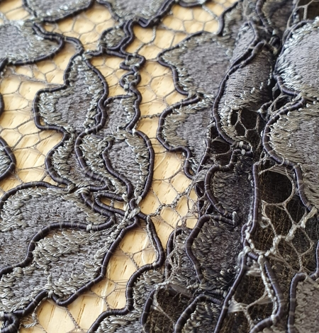 Grey floral pattern cord thread guipure lace fabric. Photo 2