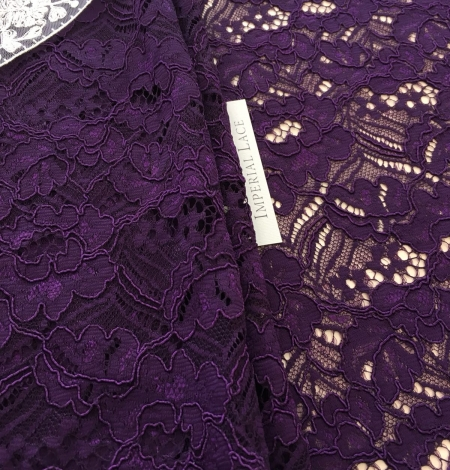 Violet guipure lace fabric. Photo 4
