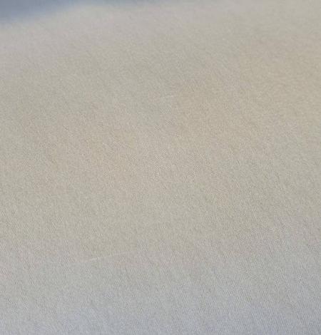Ivory silk satin fabric. Photo 2