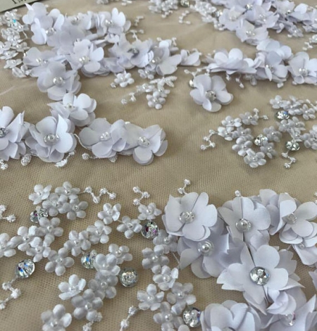 White flowers lace fabric 3D. Photo 3