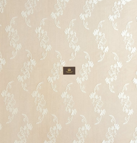 Ivory natural chantilly lace fabric. Photo 7