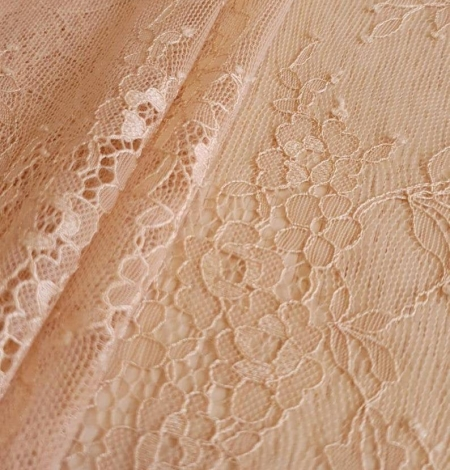 Nude with powder shade chantilly lace fabric. Photo 5