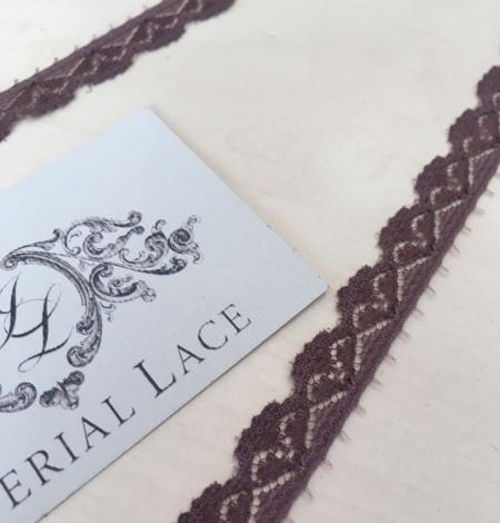Smokey lilac lace trim. Photo 3