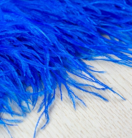 Royal blue natural ostrich feather. Photo 2