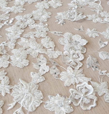 Offwhite 3D beaded lace fabric. Photo 3