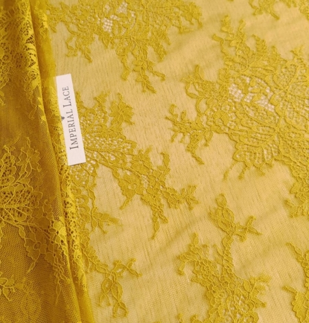 Mustard lace fabric. Photo 3