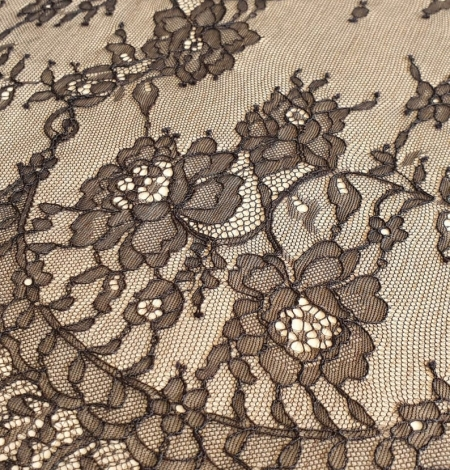 Black floral Chantilly lace fabric. Photo 8