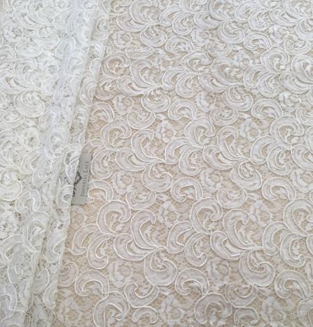 Ivory bridal lace fabric. Photo 3