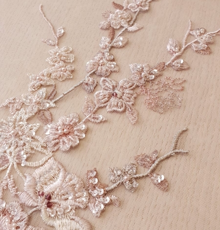 Pink beaded floral lace fabric. Photo 2