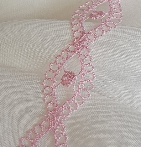 Pink chantilly lace trimming. Photo 3