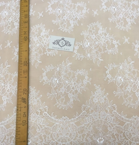 Off white chantilly floral lace fabric. Photo 10