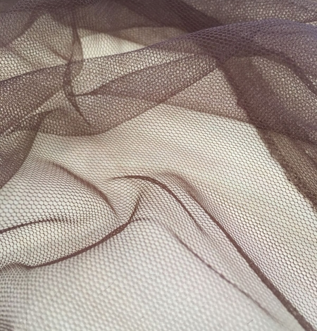 Brown tulle fabric. Photo 5