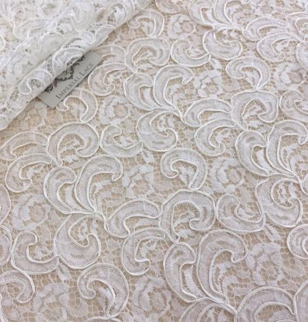Ivory bridal lace fabric. Photo 2