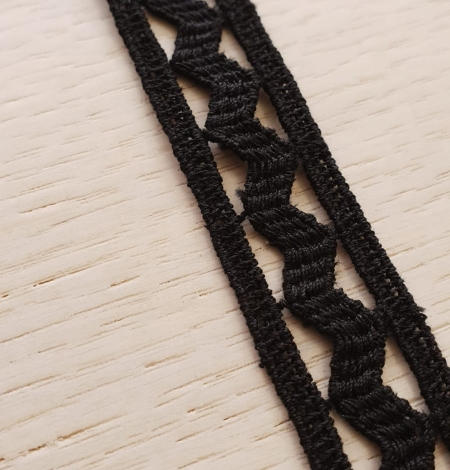 Black cotton macrame lace trimming. Photo 3