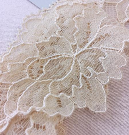 Sand yellow elastic lace trim. Photo 5