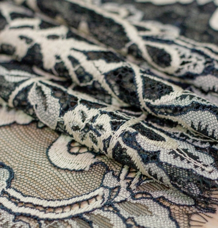 Dark turquoise with white chantilly lace fabric. Photo 3