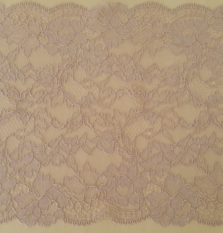 Caffe Latte Lace Trim. Photo 2