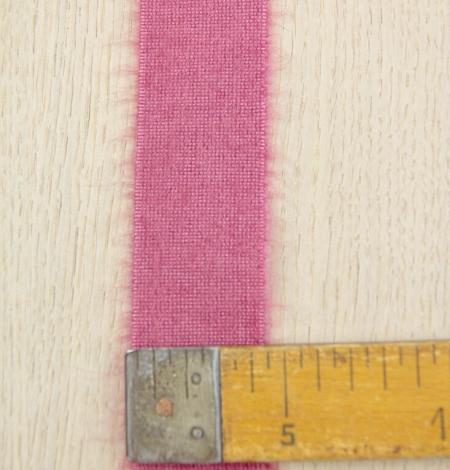 Raspberry pink lana wool ribbon. Photo 5