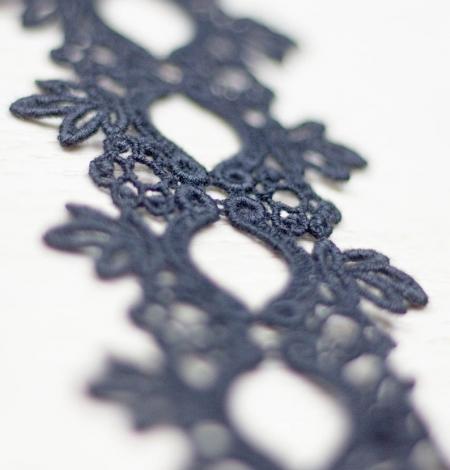 Melna floral pattern macrame lace trimming . Photo 3