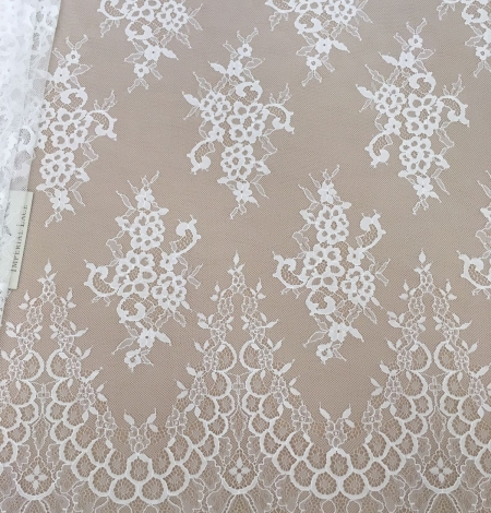 Off-white lace fabric by the yard. Photo 2