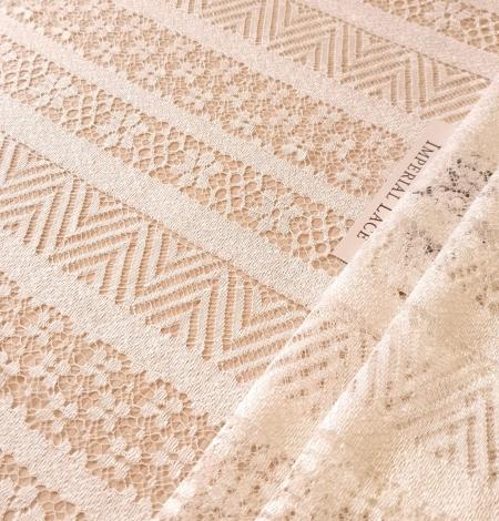 Ivory viscose chantilly lace fabric. Photo 3
