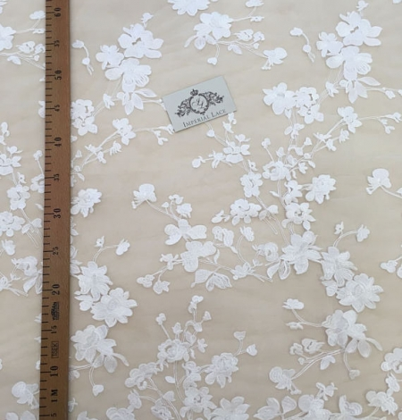 Bridal lace fabric with 3D flowers. Photo 4