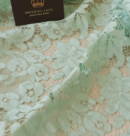 Mint green cotton guipure lace fabric . Photo 5