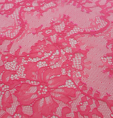 Bright Pink Lace Trim. Photo 1